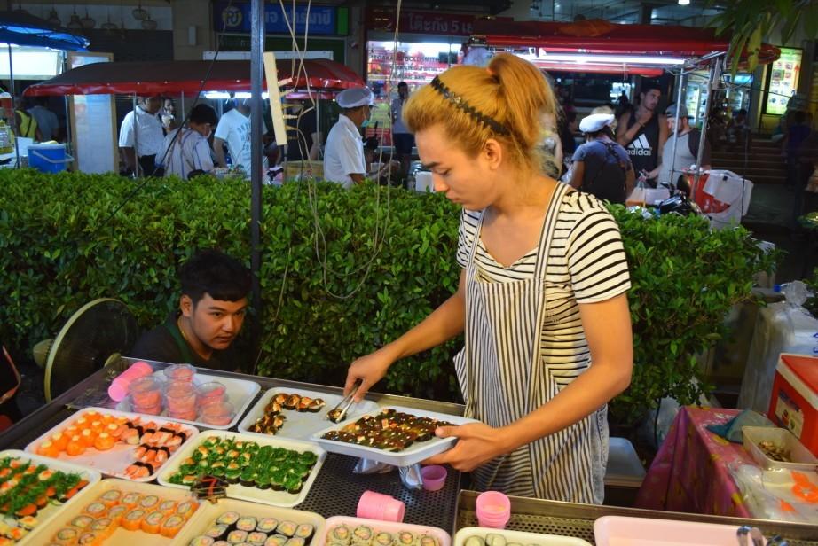 ночной рынок на пляже Патонг о.Пхукет