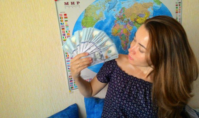 в чем везти деньги в тайланд