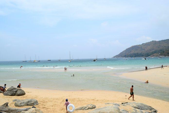 пляж Най Харн (Nai Harn Beach) о. Пхукет