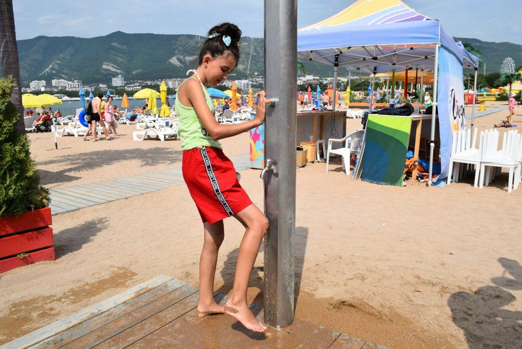 пляжи геленджика фото с описанием